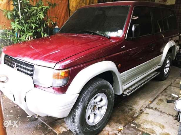 1994 MITSUBISHI PAJERO 4X4 MT Turbo Diesel (maroon color)