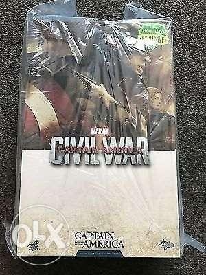 Hot Toys Civil War Captain America Battling Version Black Widow Set