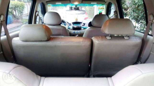 2011 Mitsubishi Fuzion (Top Of the Line) Not Montero Pajero Fortuner