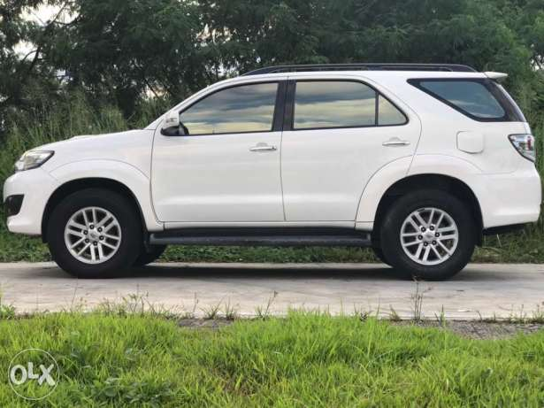 2012 Toyota Fortuner V AT 4×4