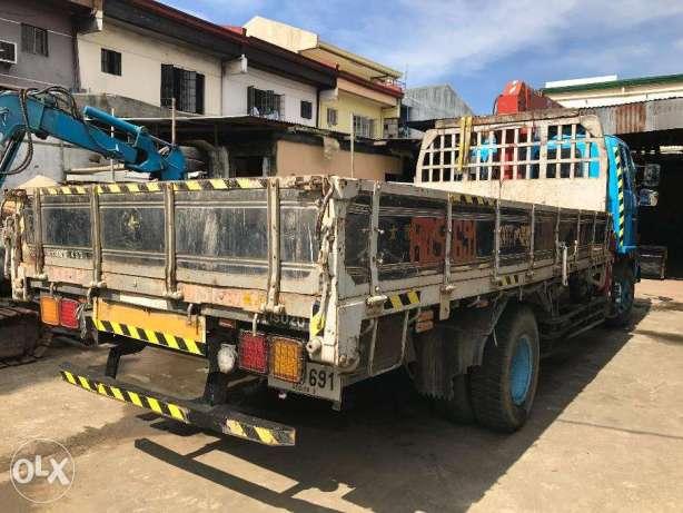 For rent Isuzu Boom Truck