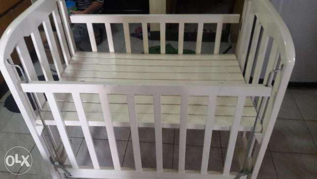 Baby crib baby bed