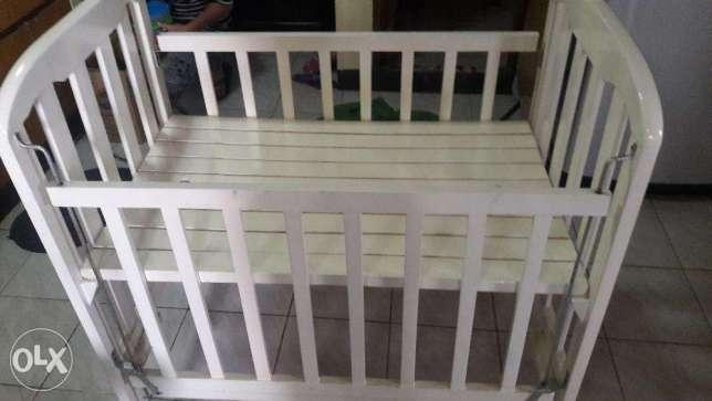 Baby crib baby bed