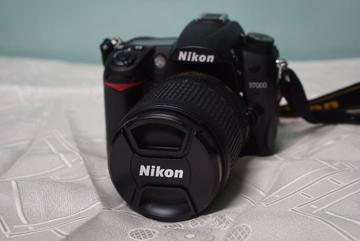 Nikon D7000 Kit with Nikkor 18-105mm lens and accessories