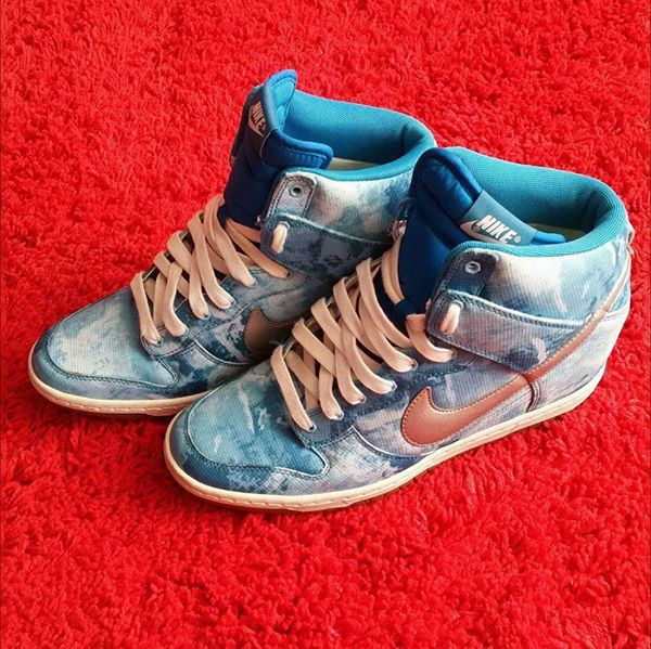 nike dunk sky hi print/wedge – clearwater/lt blue lacquer