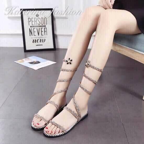 Fashi0n sandals