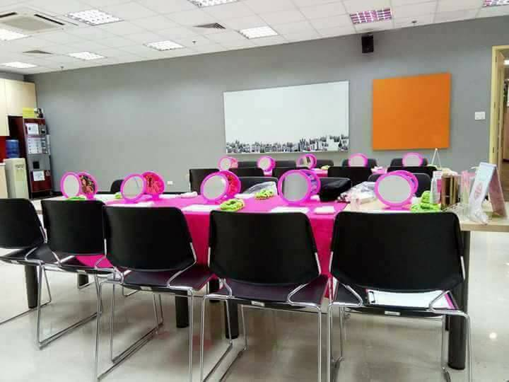 MARY KAY SKIN CARE AND BEAUTY CLASS