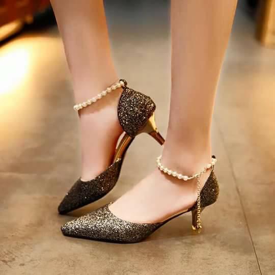 New design sandals